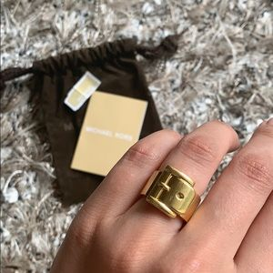Michael Kors gold buckle ring
